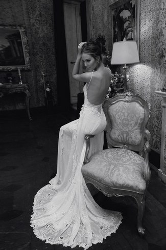 a19d63242bc0b2 15 Beautiful Backless Wedding Dresses & Gowns You Need to See!