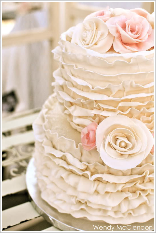 Ruffle Wedding Cake Cream with Roses