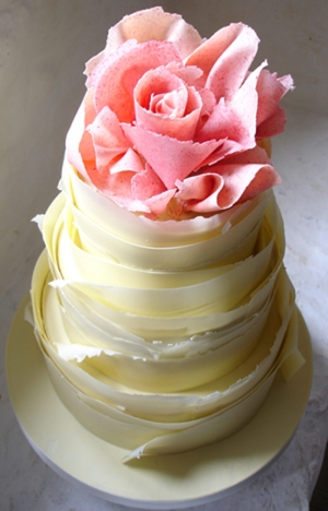 Ruffle Wedding Cake Yellow with Pink Rose