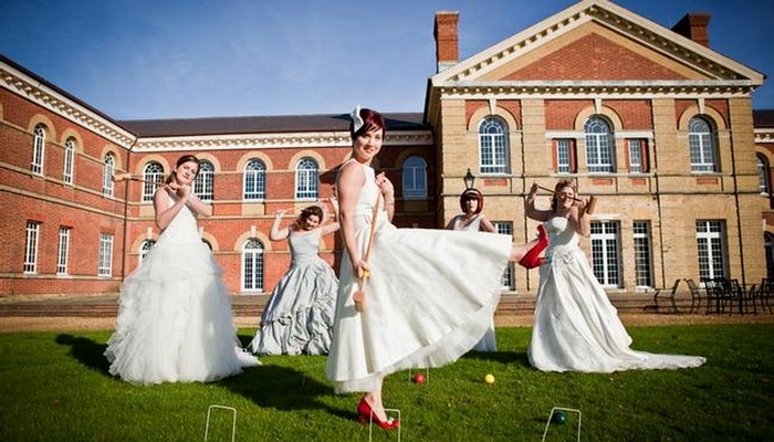 A Lovely and Vintage Wedding Fair