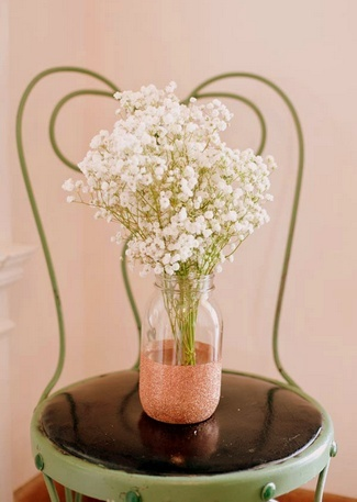 DIY Baby's Breath Burlap & Lace Ideas