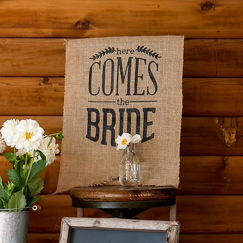 DIY-Babys-Breathe-Burlap-Lace-Ideas