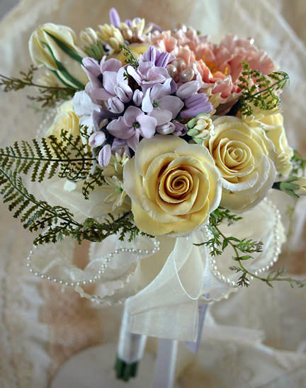 Heirloom Bouquets and Sculpted Flowers