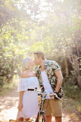 {Engagement Shoot } Rustic Broadbeach Picnic