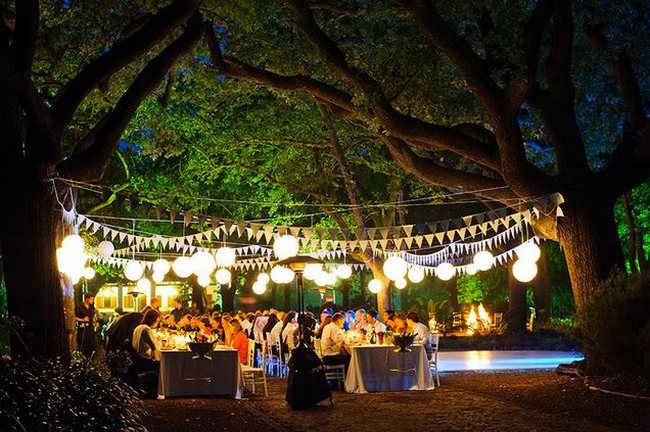 Top 20 garden outdoor wedding venues in cape town for Outside venues for weddings