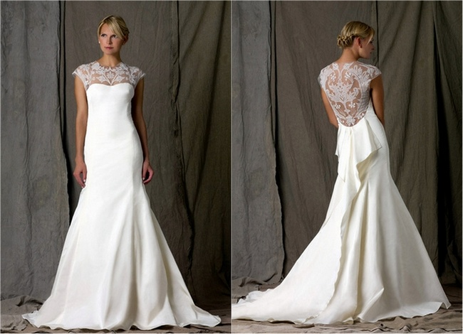 Wedding Dresses With Lace Keyhole Back