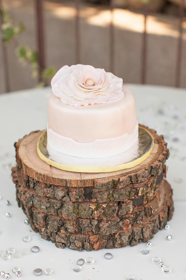 Peony Wedding Cake 01