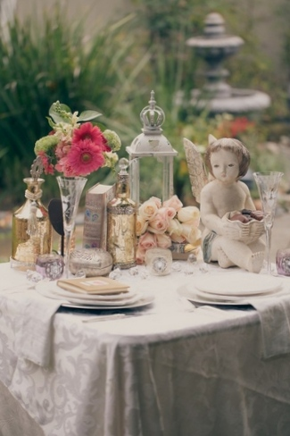 Metallic Amp Blush Vintage Tablescape Wedding Inspiration