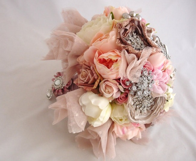 Heirloom Vintage Button Brooch Bouquet