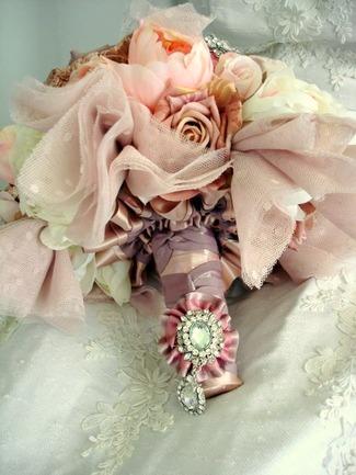 Heirloom Vintage Button Brooch Bouquet