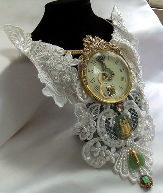 Vintage Bridal Bibs - Royal Victorian Bib