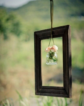 Vintage Wedding Décor Idea - Framed Flower Jar