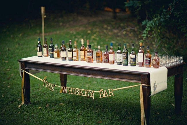 Vintage Wedding Décor Idea - Old-Style Liquor Table