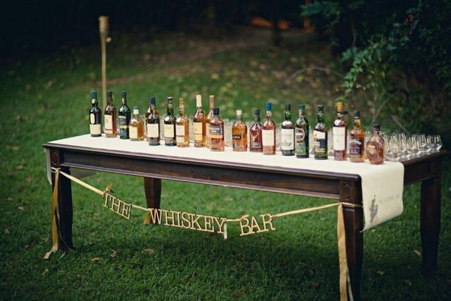 Vintage Wedding Décor Idea - Old-Style Liquor Table