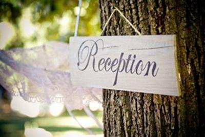 Vintage Wedding Décor Idea - Wooden Reception Sign