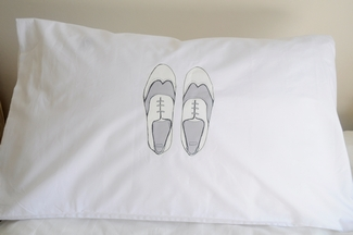 Berg Bruidjie Men Shoes Pillowcases