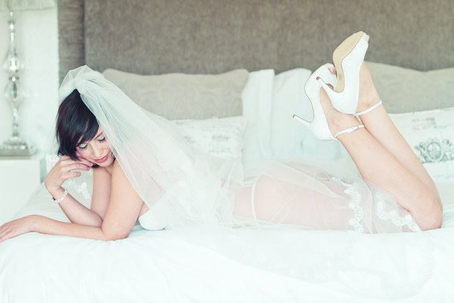 5 Confidence Boosting Secrets for Awesome Boudoir Pics