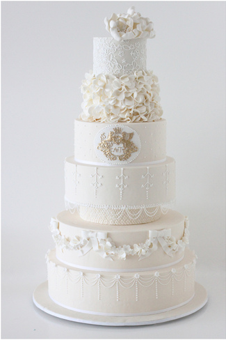 A Royal Vintage Wedding Cake by Sharon Wee