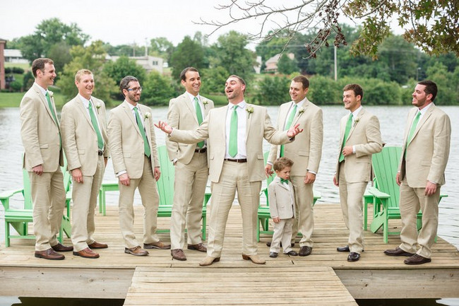 Green Amp White Rustic Knoxville Outdoor Wedding