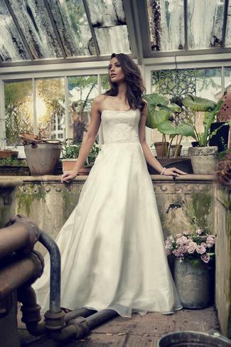 Elbeth Gillis 2014 Bridal Collection {Exclusive Premiere}   Sophia