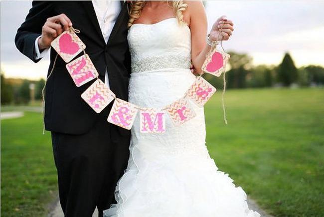 Chevron Wedding Photo Prop Sign {Wedding Trends}