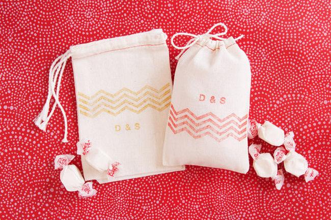 Chevron Wedding Favor Muslin Bags {Wedding Trends}