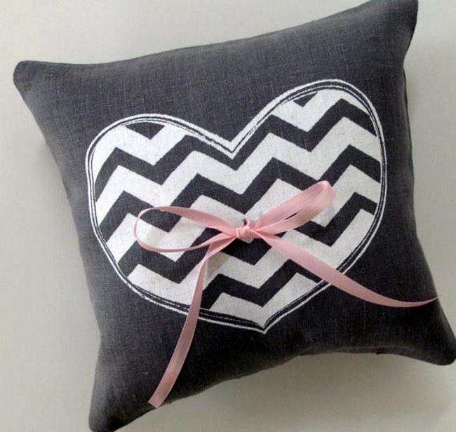 Chevron Ring Bearer Pillow {Wedding Trends}