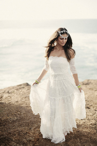 The Perfect Beach Wedding Dress 89 Cute  Grace Loves Lace