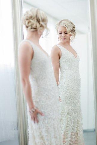 Awe Inspiring 17 Jaw Dropping Wedding Updos Amp Bridal Hairstyles Short Hairstyles Gunalazisus