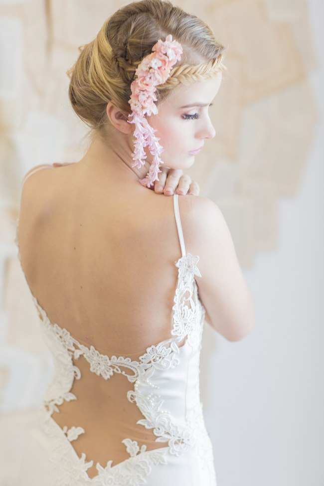 Backless Wedding Dress Gown (1)