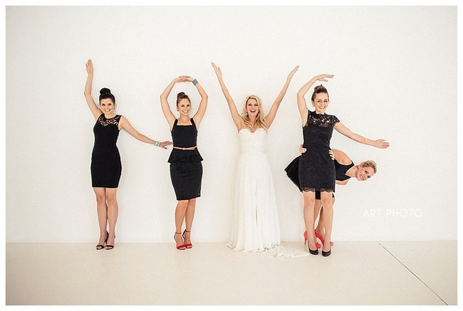 30 Totally Fun Wedding Photo Ideas and Poses for Your Wedding Party