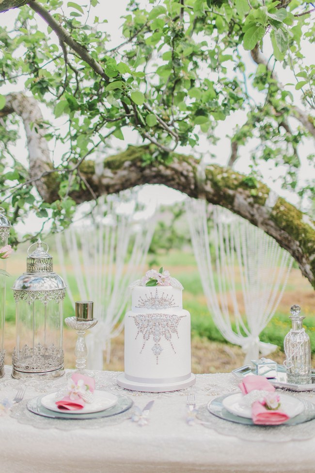 // Blush and Sparkle Fifties Inspired Countryside Wedding // Kirsty-Lyn Jameson Photography  // Gibson Bespoke // ConfettiDaydreams.com Wedding Blog