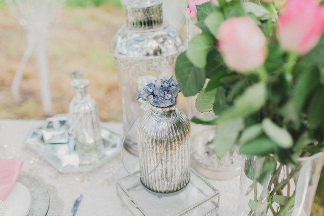 Outdoor Tablescape // Blush and Sparkle Fifties Inspired Countryside Wedding in the Countryside // Kirsty-Lyn Jameson Photography  // Gibson Bespoke // ConfettiDaydreams.com Wedding Blog