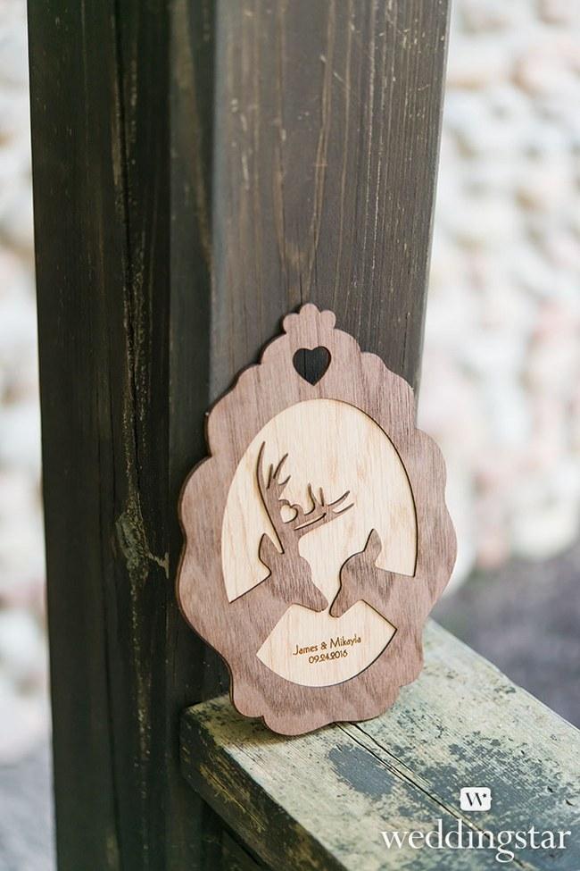 Rustic Woodland Wedding Decor  8