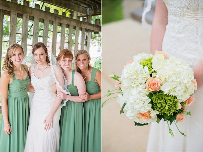 Teal and Peach Wedding by Everlasting Love Photography  via ConfettiDaydreams   .  (3)