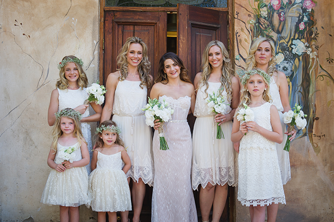Vintage Elegance Neutral South African Wedding //Lauren Kriedemann photography // via www.ConfettiDaydreams.com //