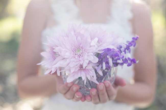 Lavender and Purple Decor :;  Enchanted Forest Bride :: Flowers and Wedding Décor by Blomlief :: Veronique Photography :: www.ConfettiDaydreams.com