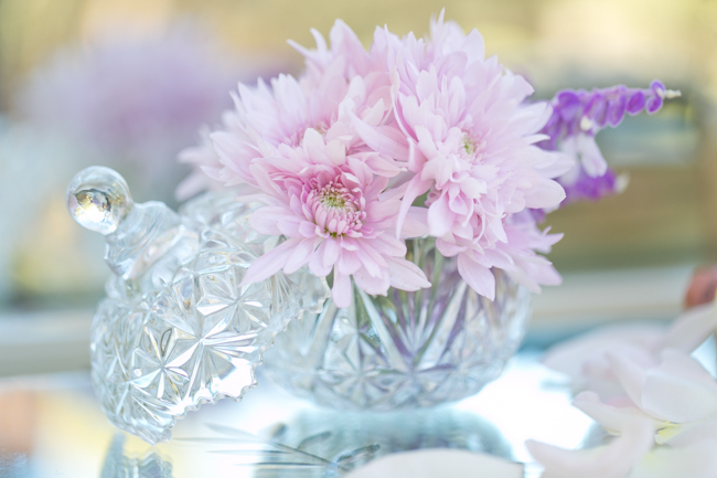Lavender, Blush, Vintage Wedding Decor ;; Enchanted Forest Bride :: Flowers and Wedding Décor by Blomlief :: Veronique Photography :: www.ConfettiDaydreams.com