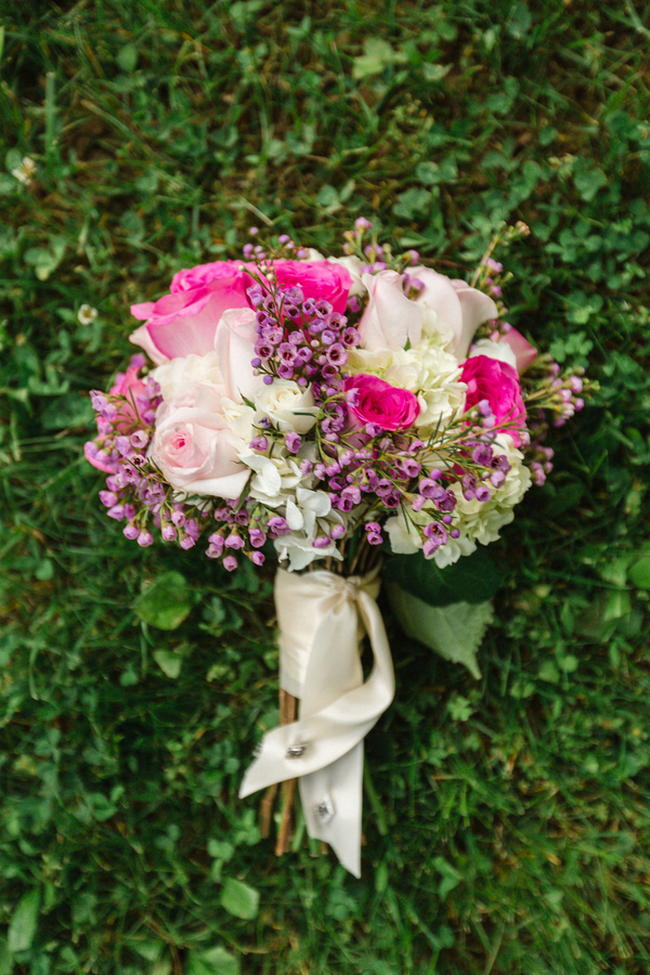 Bouquet // Old Southern Charm Garden Wedding in Pink and Gray // JoPhoto