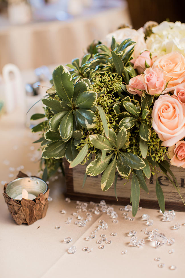 // Rustic Country Wedding in Blush Navy // Meet The Burks Photography
