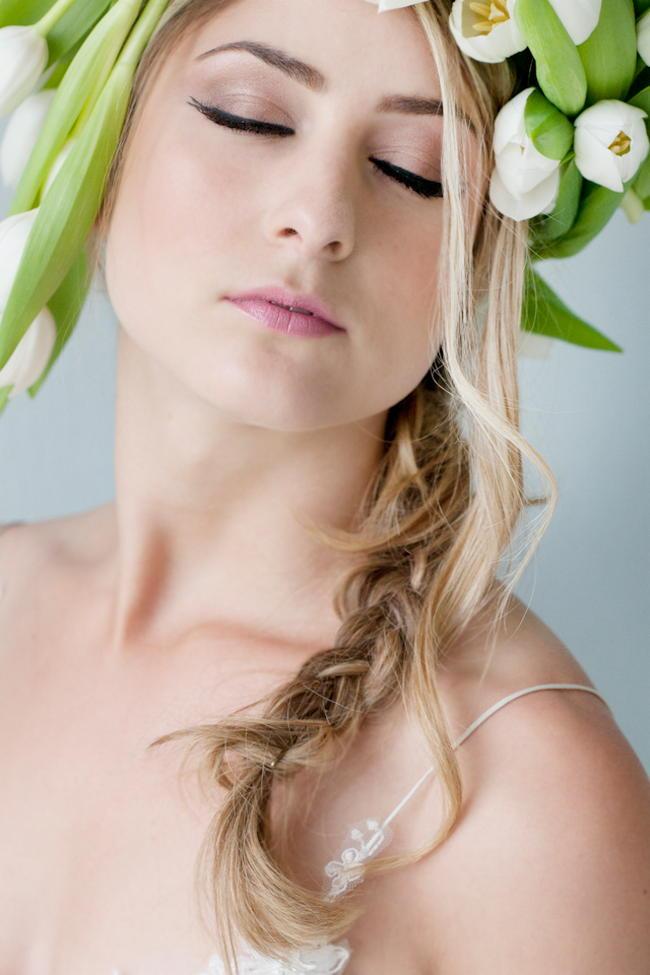 White Tulip and Peony Wedding Ideas - St Photography (3)