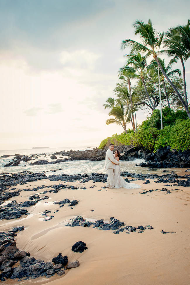 Couple Portraits - Maui Beach Wedding // Rustic Coral & Mint Destination Beach Wedding // BellaEva Photography