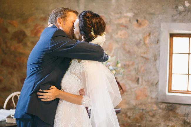 Wedding Ceremony // Earthy Farmstyle Rustic Wedding // Jenni Elizabeth Photography