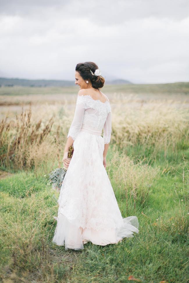 Lace Boho Wedding Dress // Earthy Farmstyle Rustic Wedding // Jenni Elizabeth Photography