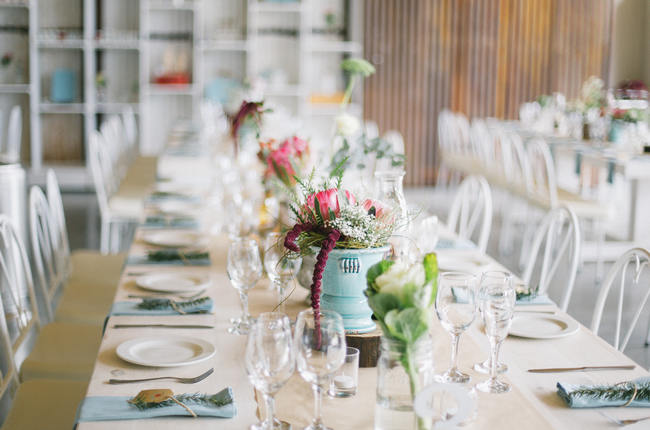 Market Style Bohemian Table Decor & Flower Ideas // Earthy Farmstyle Rustic Wedding // Jenni Elizabeth Photography