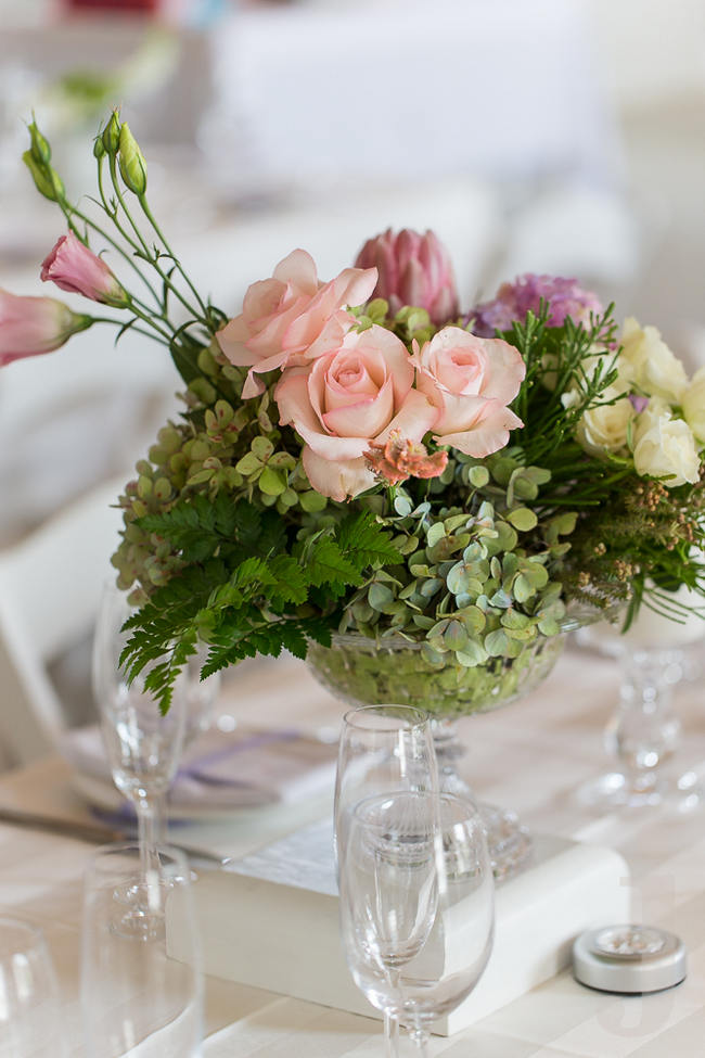 Pink Roses and Green Fresh, Modern Country Style Wedding Flowers // Jo Ann Stokes Photography