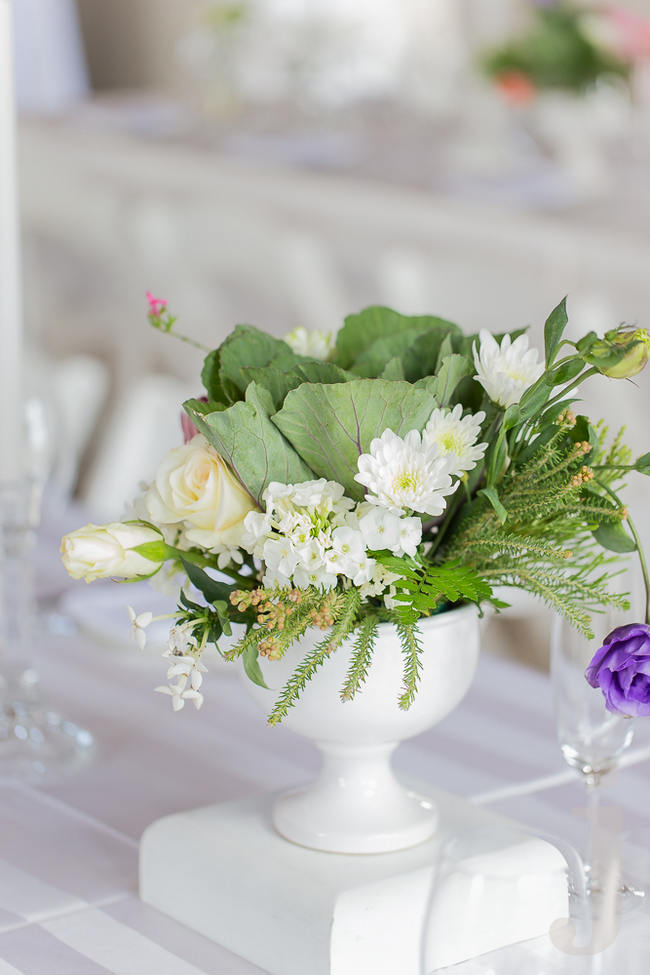 White and green - Fresh, Modern Country Style Wedding Flowers // Jo Ann Stokes Photography