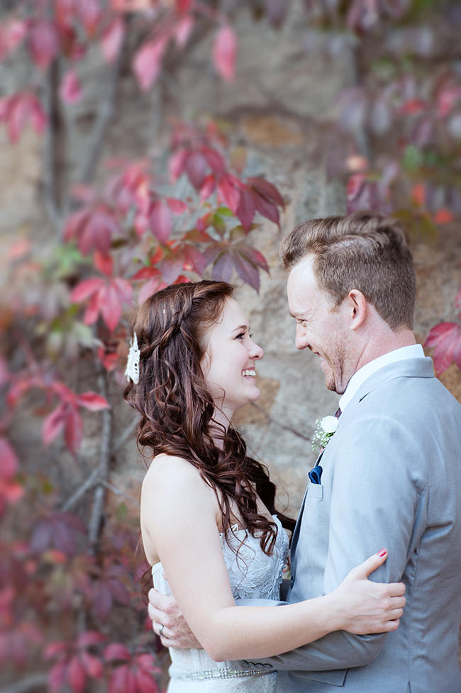 Couple Wedding Portrait Ideas // Red Brown White Autumn Wedding // Christopher Smith Photography - www.Cjphoto.co.za