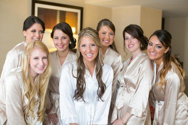 Bridesmaids Photo Idea //  Beautiful Rustic Elegance Wedding in Blush Cream Gold // Carly Fuller Photography // Click for more details on www.ConfettiDaydreams.com