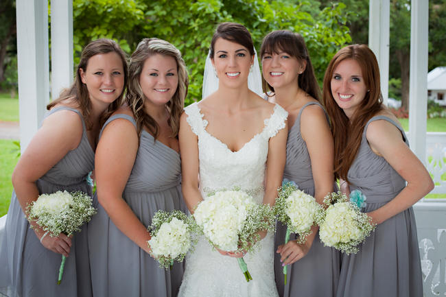 DIY Bridesmaids Babys Breath Bouquet - Country Wedding // Stephanie Dishman Photography
